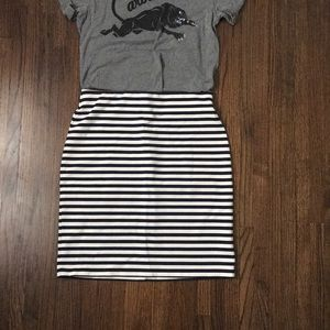 Old Navy Striped Pencil Skirt
